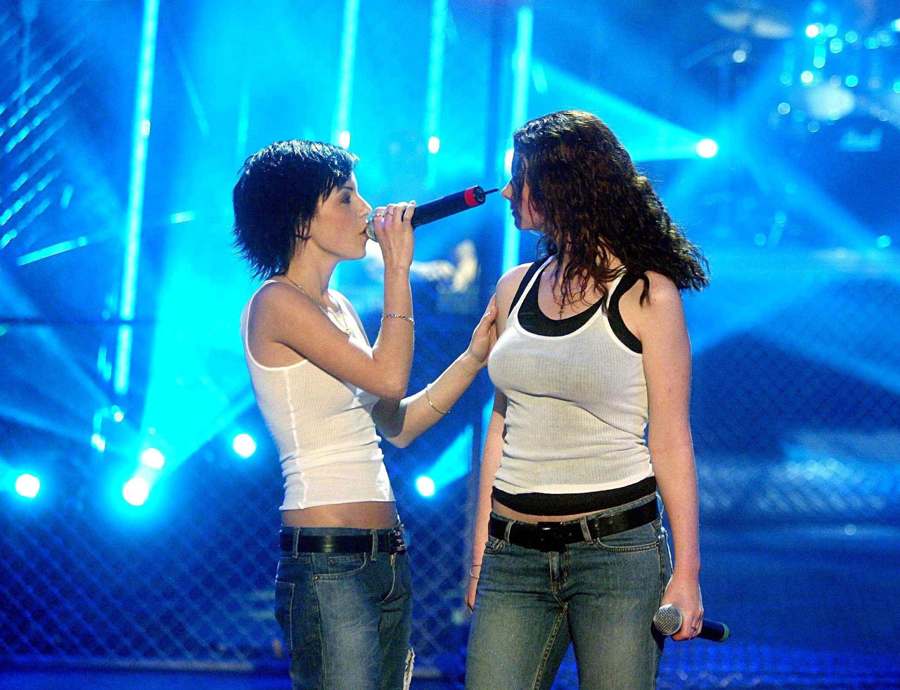ТАТУ - Tatu Perform on Watten Das 22.03.2003