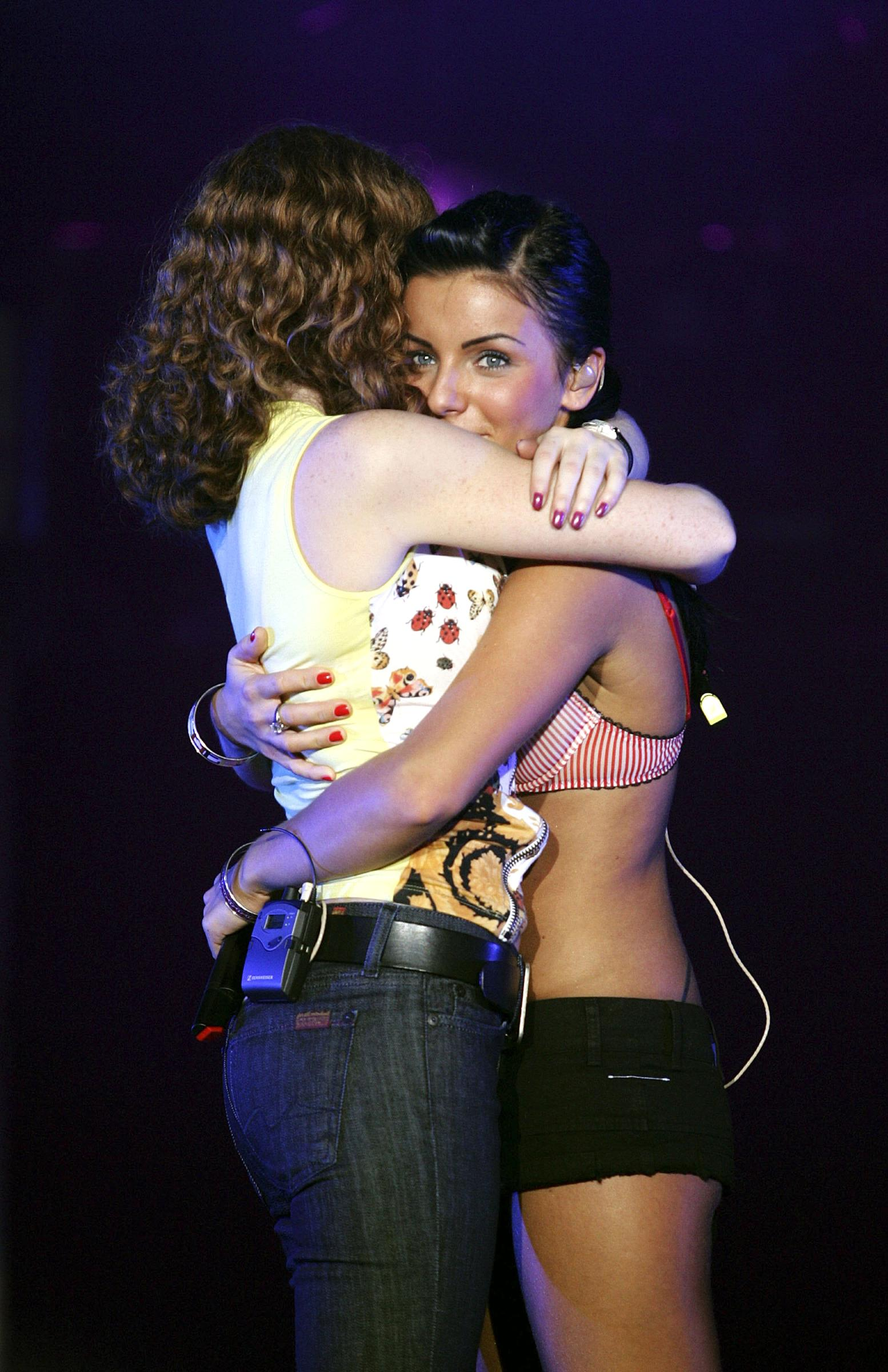 ТАТУ - Tatu Perform at The Olympic Hall in Seoul 19.09.2006